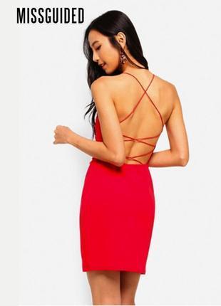 Новое платье с открытой спиной и резинками missguided