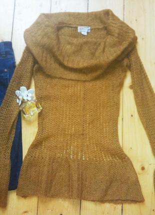 Шерстяной модний свитер кофта