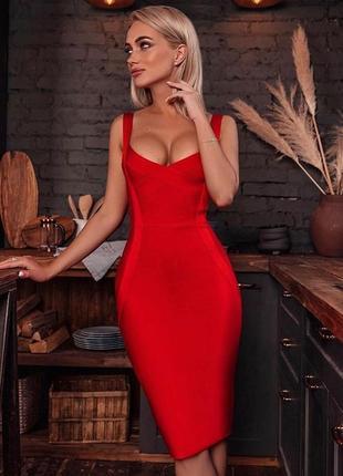 Шикарное классическое платье футляр бандажное миди на бретелях красное утяжка