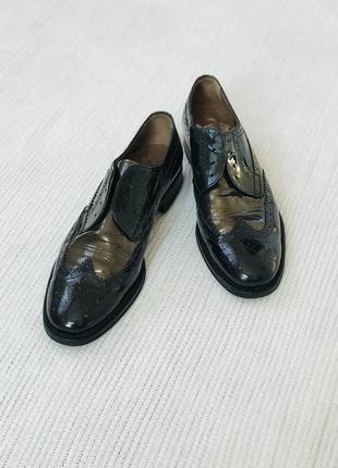 Трендовые лаковые туфли испанской фирмы pertini торг