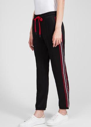 Чёрные брюки с лампасами replay