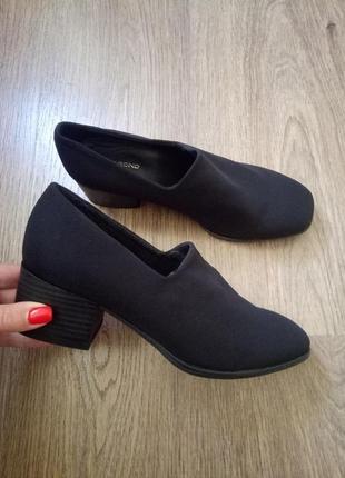 Vagabond стильные туфли на небольшом толстом каблуке размер 37