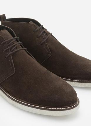 Ботинки reserved чукка 42 коричневые замшевые новые
