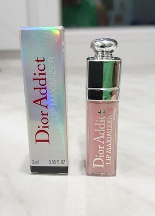 Средство для увеличения объема губ dior addict lip maximizer 001