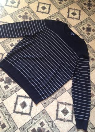 Тоненький мужской свитерок в полоску.020