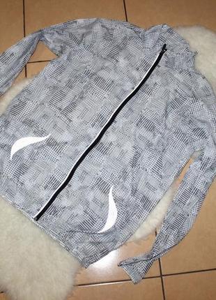 Cеребристая куртка дождевик супер тонкая ветровка полупрозрачная от crivit sports