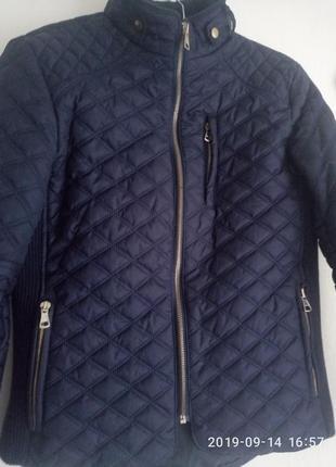 Стеганная курточка р.xs- s, пр-во турция