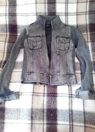 Кофта с джинсовыми вставками