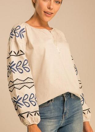 Жіноча вишиванка, вишита сорочка, блуза , женская вышиванка