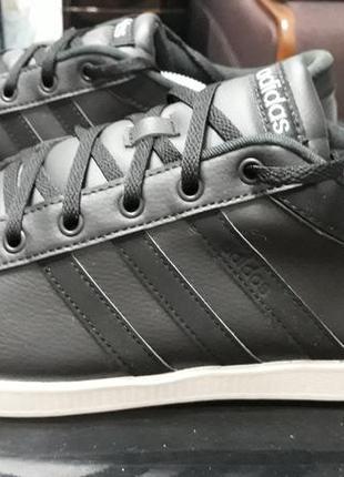 Кроссовки, кеды adidas 46 р