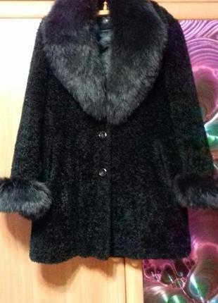 Шуба пальто с песцовым мехом 46-48 р.