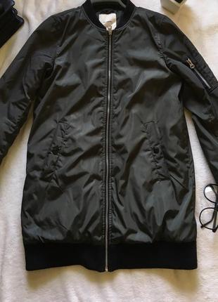Осенняя куртка pull&bear
