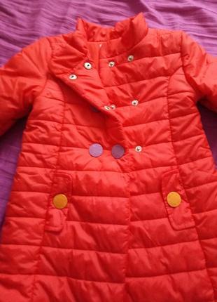Пальто на девочку prada