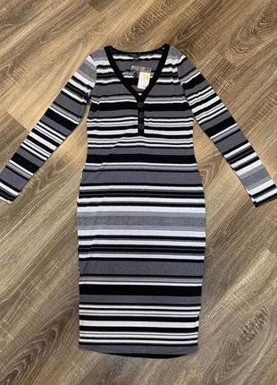 Платье в рубчик полоску
