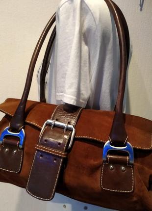 Отличная стильная брэндовая сумка из натуральной замши с шикарной фурнитурой