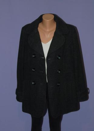 Двубортное пальтишко 16 размера/41% шерсть