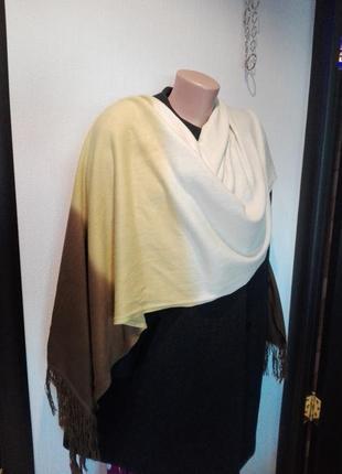 Классный модный шарф палантин модного цвета осень-зима