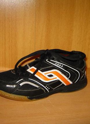 """Спортивные кроссовки р.32 """"pro touch"""" из германии"""