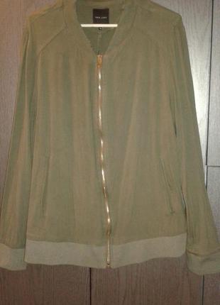 Легкая куртка бомбер new look, размер 18.