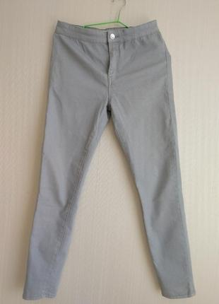 Стильные джинсы-скини
