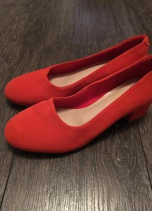 Замшевые туфли marks&spencer