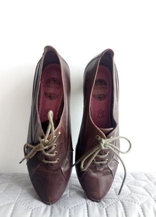 Винтажные туфли из натуральной кожи