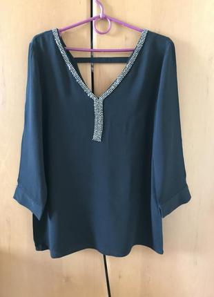 Новая, нарядная, фирменная блузка !!!!