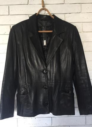 Куртка из натуральной кожи. мягкая лайка. утепленная.