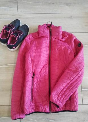 Легкая яркая куртка northland