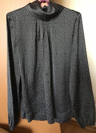 Красивая, модная блуза