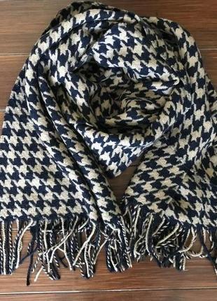 Hugo boss, теплейший большой шарф палантин!