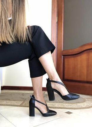 Туфли кожаные, на толстом каблуке, basconi