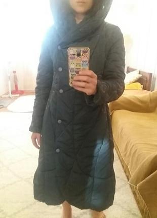 Демисезонное пальто с капюшоном на синтепоне
