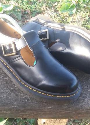 Ботинки,черевики,боссоножки  от dr.martens(39),оригинал