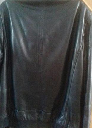 Кожаная спортианая куртка