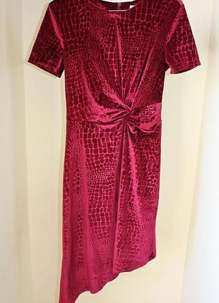 Платье бархатное велюр асимметрия с узлом марсал бордовое tu (к057)