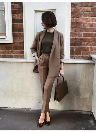 Стильные фактурные брюки / высокая посадка