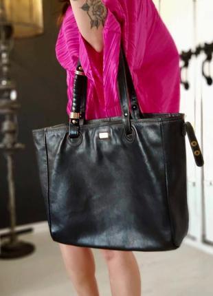 Ferre 100% оригинальная кожаная итальянская  сумка.