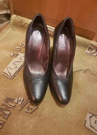 Туфли benetton лакированная кожа