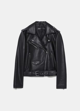 Базовая куртка с молниями бренда zara
