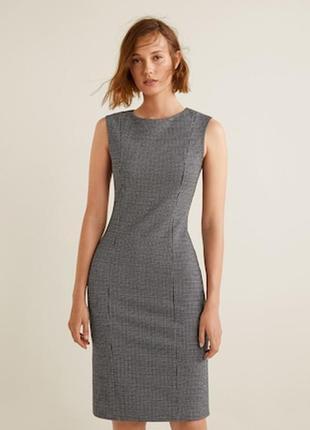 Офисное платье чехол футляр из костюмной ткани gap