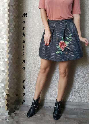 Красива юбочка с вышивкой фирмы gaialuna