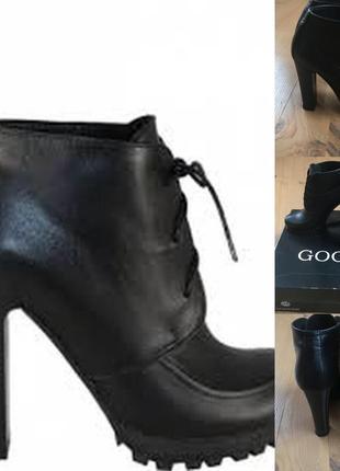 Шкіряні ботінки, черевички 36-37 на стопу 23,5 см goover