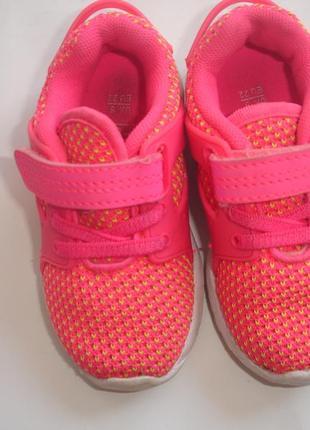 Фирменные f&f легкие яркие кроссовки девочке 22 размер сетка в идеале