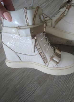 Ботиночки, кроссовки, сникерсы, ботильоны giuseppe zanotti