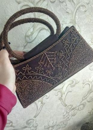 Атласная сумочка вышитая бисером