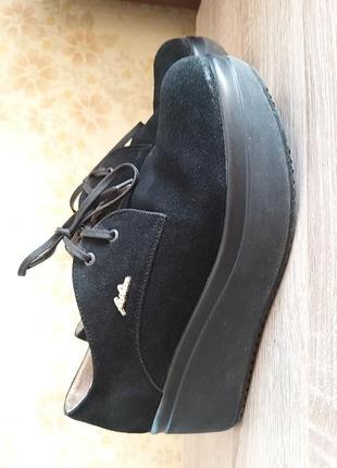 Ботиночки на осень-весну 39р
