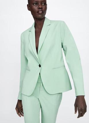 Новый мятный пиджак блейзер zara