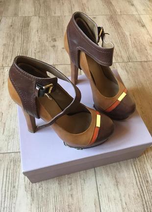 Шкіряні туфлі glossi (польща)