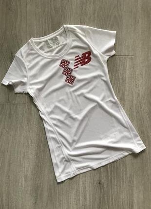 Эксклюзивная футболка для спорта new balance